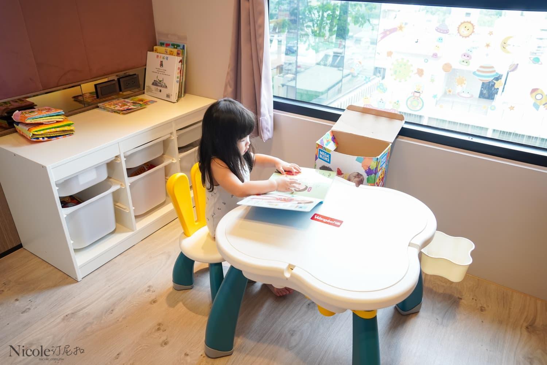 utmall 萌兔2合1多功能積木桌-08569